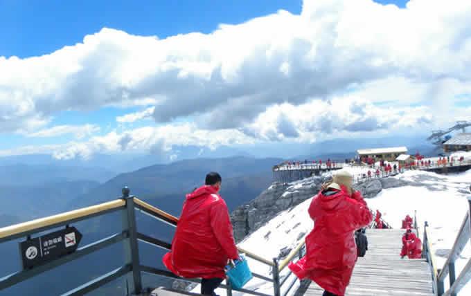 丽江玉龙雪山旅游攻略️海拔4680米,再不疯狂就老了